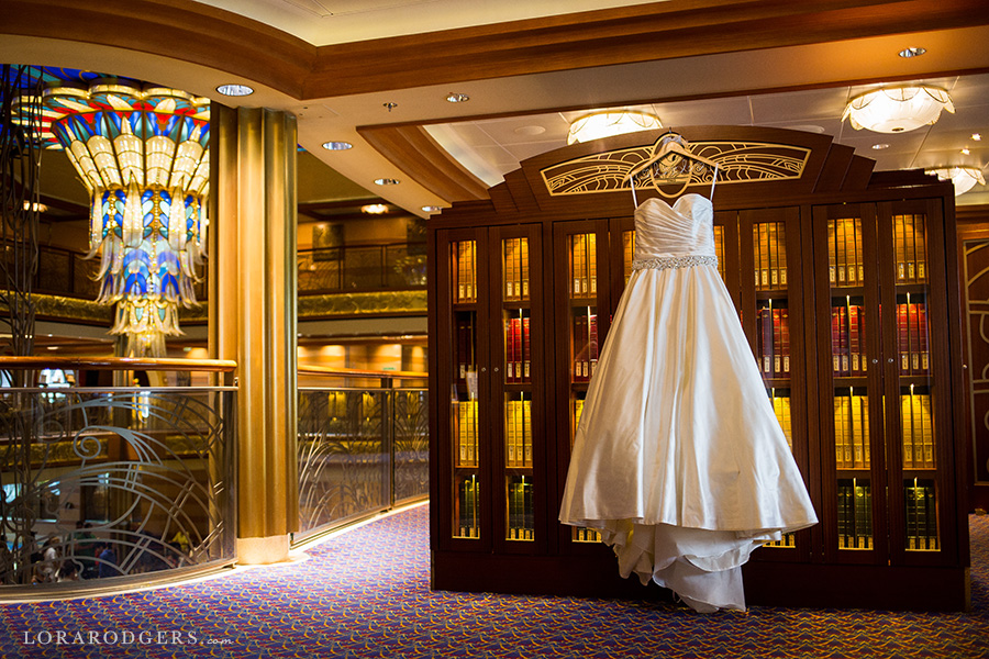 disney dream cruise in outlook lounge bahamas wedding photographer